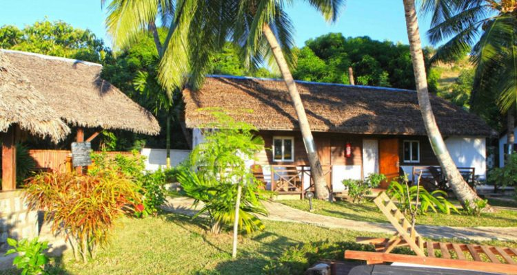 Bungalow hotel ylang noy be